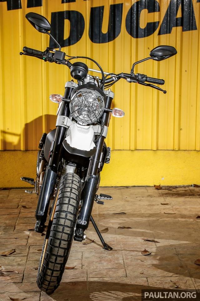 Sau Việt Nam, Ducati mang cặp đôi Scrambler Desert Sled và Café Racer đến Malaysia - Ảnh 11.