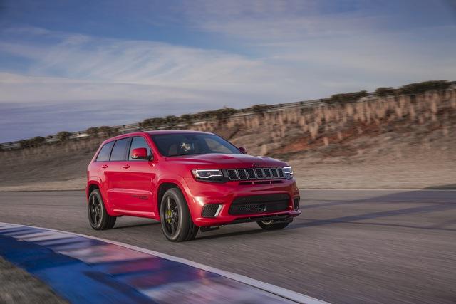 Jeep Grand Cherokee Trackhawk 2018 - xe SUV thương mại mạnh nhất thế giới - được chốt giá - Ảnh 2.
