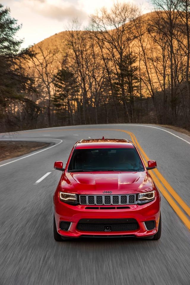 Jeep Grand Cherokee Trackhawk 2018 - xe SUV thương mại mạnh nhất thế giới - được chốt giá - Ảnh 7.