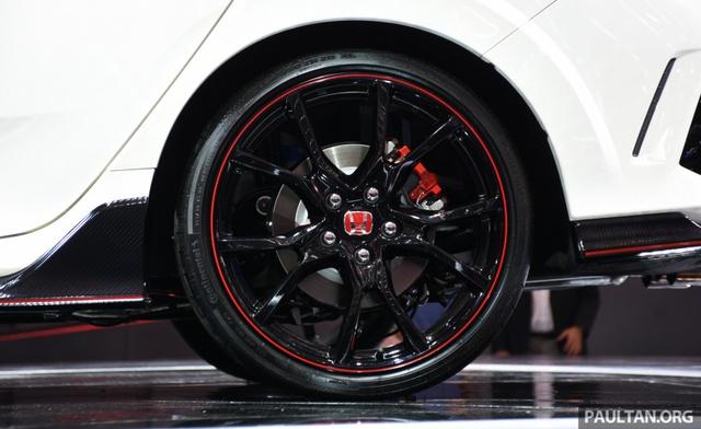 Honda Civic Type R 2017 tiếp tục ra mắt Đông Nam Á, giá từ 1,69 tỷ Đồng - Ảnh 4.