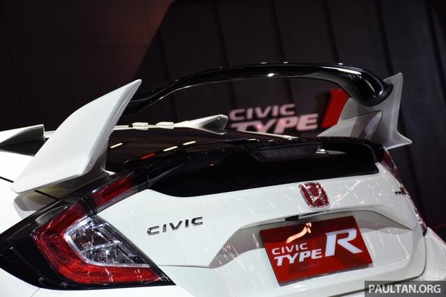 Honda Civic Type R 2017 tiếp tục ra mắt Đông Nam Á, giá từ 1,69 tỷ Đồng - Ảnh 8.