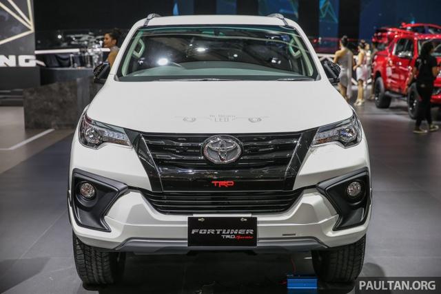Toyota Fortuner TRD Sportivo 2017 ra mắt Đông Nam Á với giá từ 897 triệu Đồng - Ảnh 2.