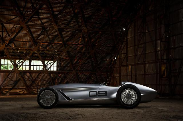 Infiniti Prototype 9 - Ô tô đời mới nhưng giống hệt xế cổ - Ảnh 3.
