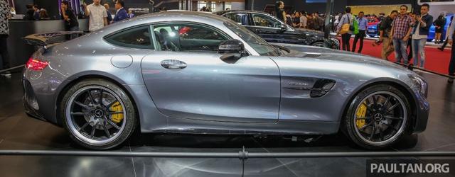 Diện kiến siêu xe Mercedes-AMG GT R bằng xương, bằng thịt tại Đông Nam Á - Ảnh 6.