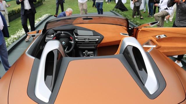 Chiêm ngưỡng vẻ đẹp của BMW Z4 Concept ngoài đời thực - Ảnh 15.