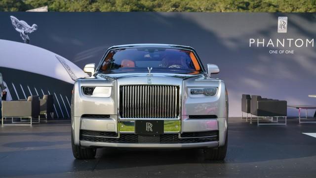Mãn nhãn với những hình ảnh bằng xương, bằng thịt của xe nhà giàu Rolls-Royce Phantom 2018 - Ảnh 1.