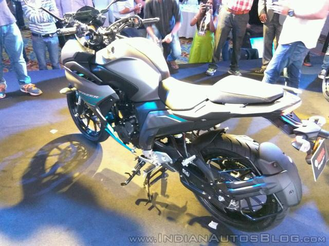 Mô tô bình dân Yamaha Fazer 25 chính thức trình làng, giá từ 45,5 triệu Đồng - Ảnh 14.