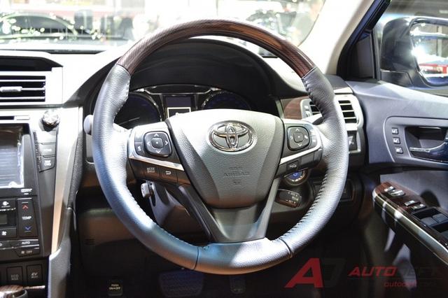 Toyota Camry 2017 được vén màn tại Đông Nam Á với trang bị tốt hơn - Ảnh 6.