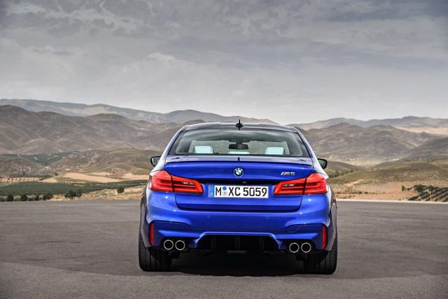 Sedan hiệu suất cao BMW M5 2018 chính thức được vén màn - Ảnh 11.