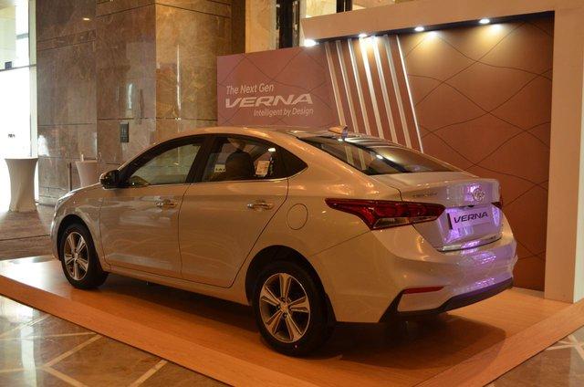 Phát thèm với xe chưa đến 300 triệu Đồng Hyundai Verna 2017 vừa ra mắt Ấn Độ - Ảnh 15.