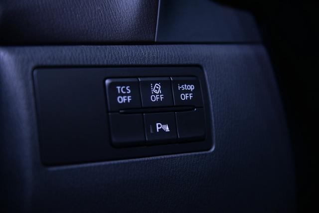 Crossover cỡ nhỏ khiến nhiều người phát thèm Mazda CX-4 có phiên bản nâng cấp - Ảnh 7.