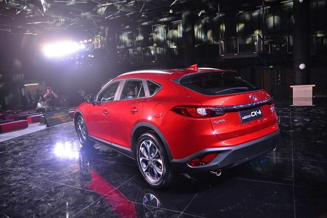 Crossover cỡ nhỏ khiến nhiều người phát thèm Mazda CX-4 có phiên bản nâng cấp - Ảnh 10.