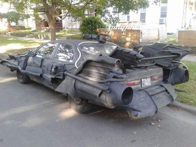 Dân chơi biến Toyota Camry thành xe Batmobile của Người Dơi - Ảnh 2.