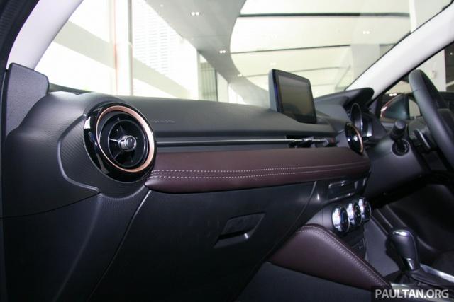 Mazda2 2017 tiếp tục ra mắt Đông Nam Á với giá 466 triệu Đồng - Ảnh 12.
