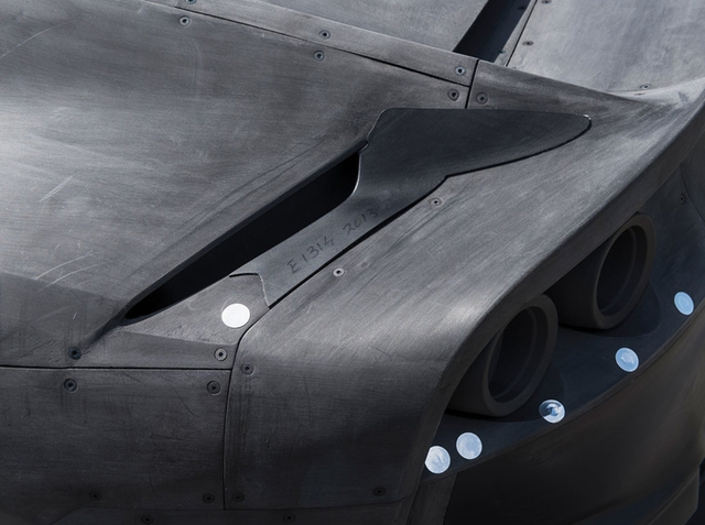 Ferrari rao bán mô hình dùng trong hầm gió của 812 Superfast với giá cao hơn xe thật - Ảnh 2.