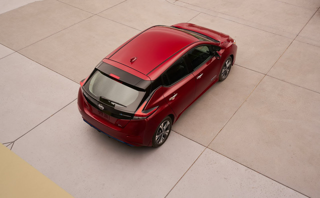 Nissan Leaf 2018 ra mắt với công nghệ nhiều như mây - Ảnh 4.
