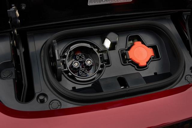 Nissan Leaf 2018 ra mắt với công nghệ nhiều như mây - Ảnh 5.