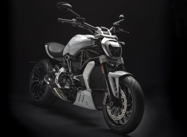 Ducati XDiavel 2018 đẹp mã hơn với màu sơn trắng mới - Ảnh 1.