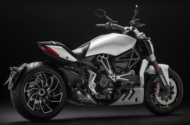 Ducati XDiavel 2018 đẹp mã hơn với màu sơn trắng mới - Ảnh 3.