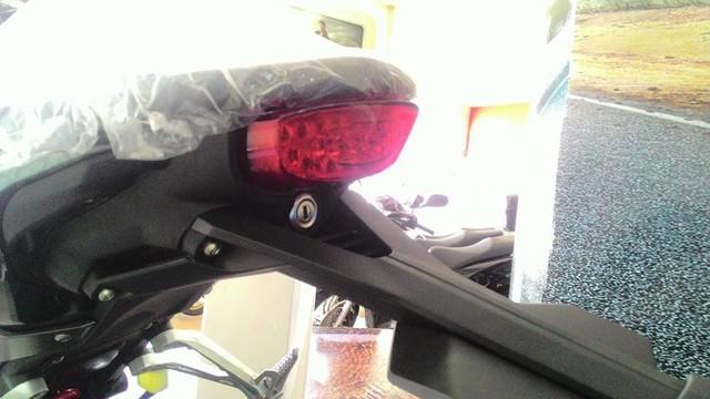 Naked bike khiến người Việt phát thèm Honda CB150R ExMotion đã xuất hiện tại đại lý - Ảnh 3.