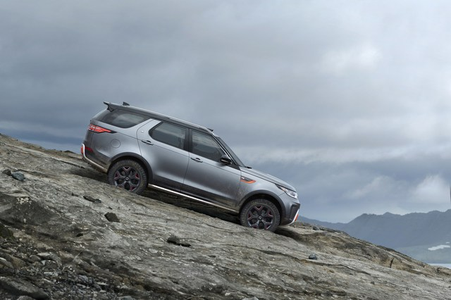 Land Rover Discovery SVX - SUV mạnh mẽ cho người đam mê off-road - Ảnh 3.