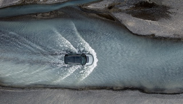 Land Rover Discovery SVX - SUV mạnh mẽ cho người đam mê off-road - Ảnh 10.