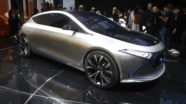 Mercedes-Benz Concept EQ A - Ô tô điện đầy phong cách - Ảnh 9.