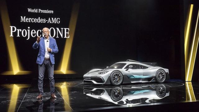 Vẻ đẹp xuất sắc của xe đua Công thức 1 đường phố Mercedes-AMG Project One ngoài đời thực - Ảnh 2.