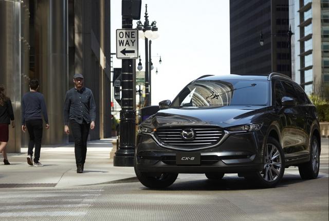 Crossover 3 hàng ghế Mazda CX-8 chính thức trình làng, giá từ 659 triệu Đồng - Ảnh 1.