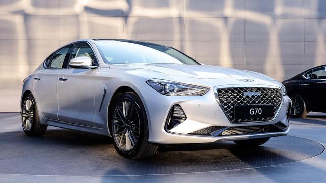 Sedan thể thao Genesis G70 chính thức trình làng, cạnh tranh BMW 3-Series và Mercedes-Benz C-Class - Ảnh 2.