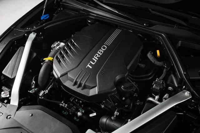 Sedan thể thao Genesis G70 chính thức trình làng, cạnh tranh BMW 3-Series và Mercedes-Benz C-Class - Ảnh 4.