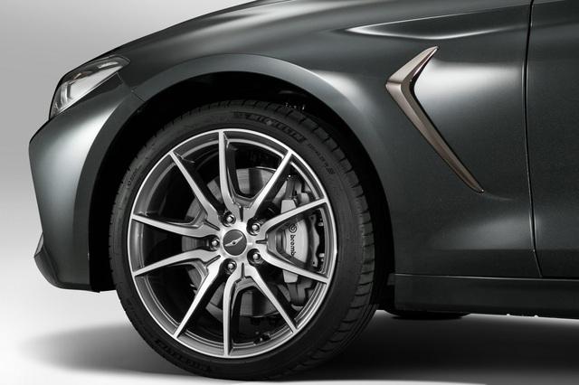 Sedan thể thao Genesis G70 chính thức trình làng, cạnh tranh BMW 3-Series và Mercedes-Benz C-Class - Ảnh 8.