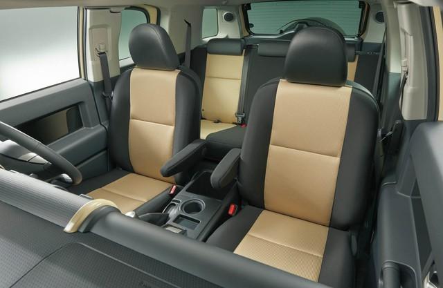 Xe bán tải Toyota Hilux quay trở về quê nhà Nhật Bản sau 13 năm vắng bóng - Ảnh 5.