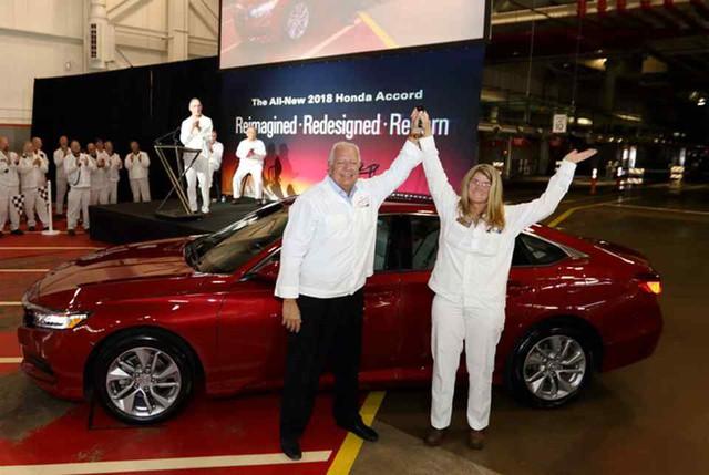 Honda Accord 2018 lên dây chuyền sản xuất, sẵn sàng đối đầu khắc tinh Toyota Camry - Ảnh 1.