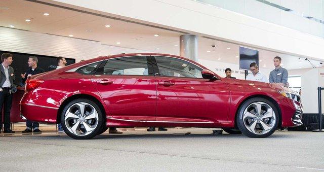 Honda Accord 2018 lên dây chuyền sản xuất, sẵn sàng đối đầu khắc tinh Toyota Camry - Ảnh 2.