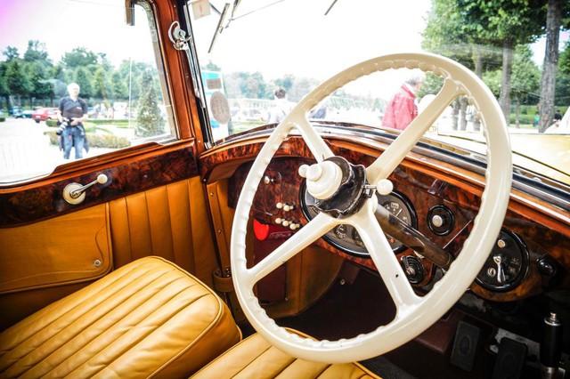 Làm quen với chiếc Rolls-Royce có một không hai được dùng làm xe đi săn của một Tiểu vương - Ảnh 4.