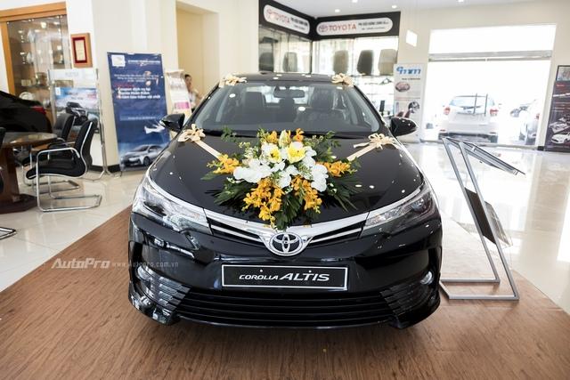 Đắt hơn 166 triệu Đồng so với Mazda3, Toyota Corolla Altis 2.0V Sport có gì để cạnh tranh? - Ảnh 2.