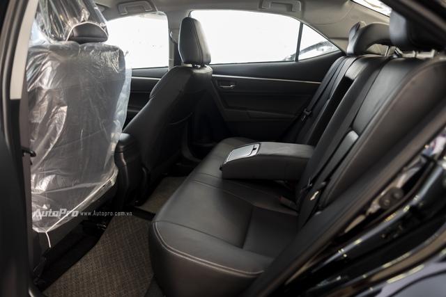 Đắt hơn 166 triệu Đồng so với Mazda3, Toyota Corolla Altis 2.0V Sport có gì để cạnh tranh? - Ảnh 14.