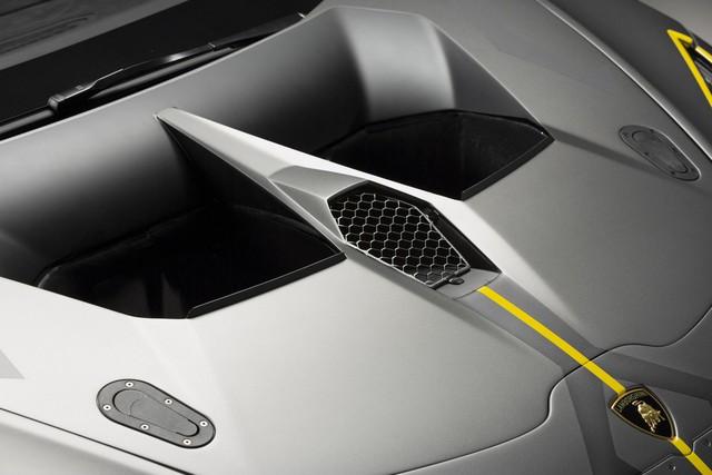 Lamborghini vén màn phiên bản đường đua của siêu xe Huracan - Ảnh 10.
