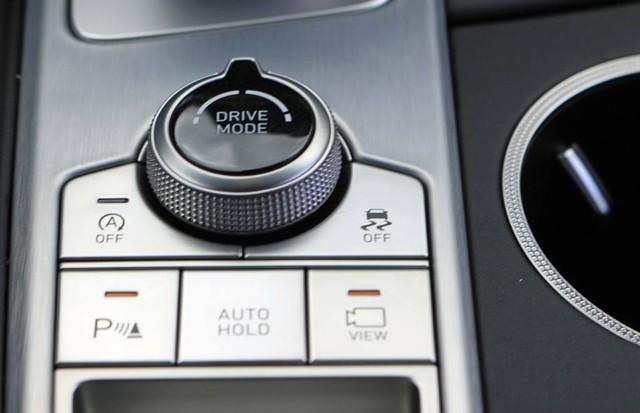 Đây là diện mạo bằng xương, bằng thịt của sedan thể thao Genesis G70 mới ra mắt - Ảnh 16.