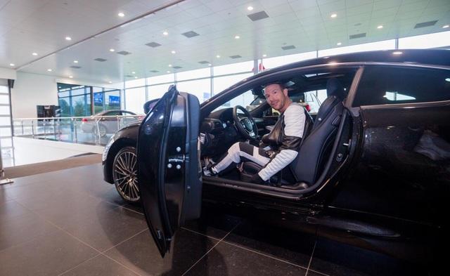 Top 15 DJ thế giới Don Diablo từng đến Việt Nam hồi đầu năm tậu xe sang Lexus RC F mới - Ảnh 9.