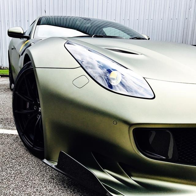 Làm quen với quái vật Ferrari F12tdf màu xanh lục nhám tuyệt đẹp - Ảnh 12.