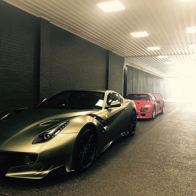 Làm quen với quái vật Ferrari F12tdf màu xanh lục nhám tuyệt đẹp - Ảnh 13.