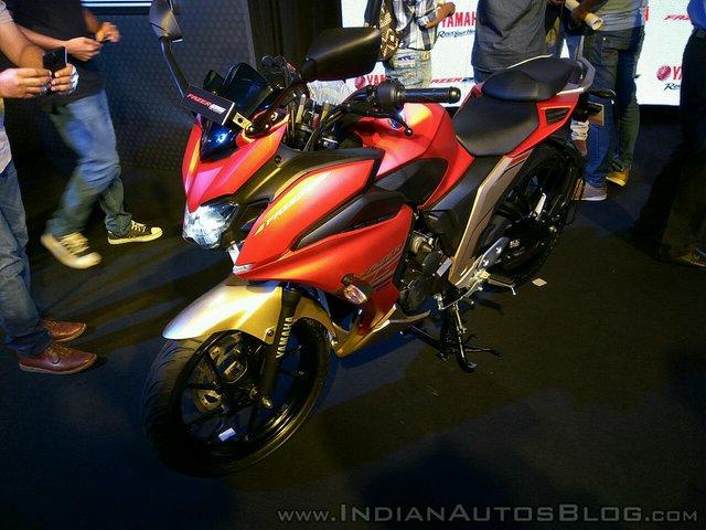 Mô tô dưới 50 triệu Đồng Yamaha Fazer 25 bắt đầu được bày bán - Ảnh 2.