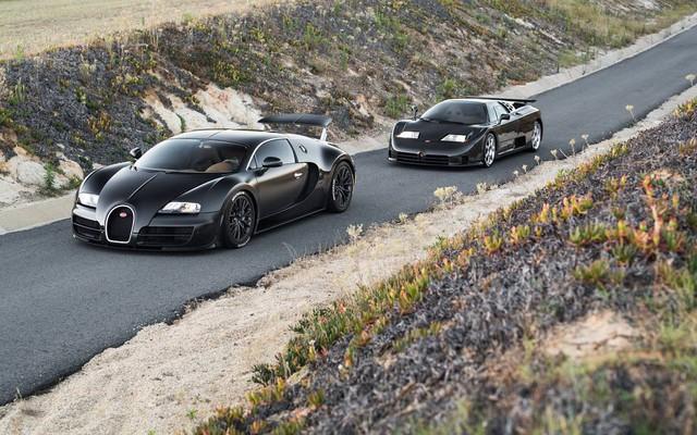Phát thèm với bộ sưu tập siêu xe khủng của đại gia bí ẩn đặt mua Rolls-Royce Sweptail 13 triệu USD - Ảnh 4.
