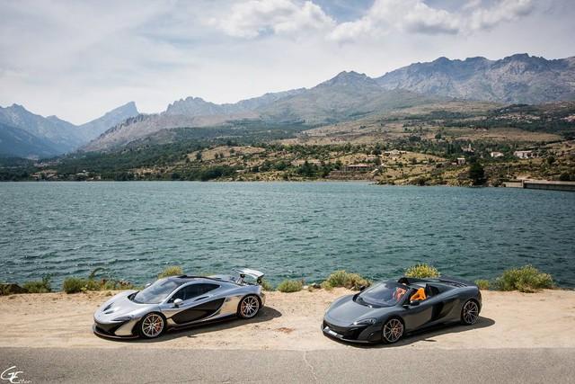 Phát thèm với bộ sưu tập siêu xe khủng của đại gia bí ẩn đặt mua Rolls-Royce Sweptail 13 triệu USD - Ảnh 5.