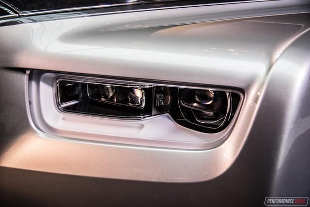 Xe siêu sang Rolls-Royce Phantom 2018 có giá khởi điểm lên gần 744.000 USD - Ảnh 6.