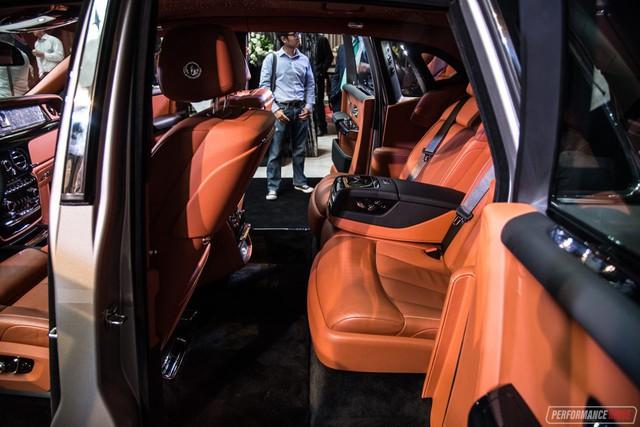 Xe siêu sang Rolls-Royce Phantom 2018 có giá khởi điểm lên gần 744.000 USD - Ảnh 13.