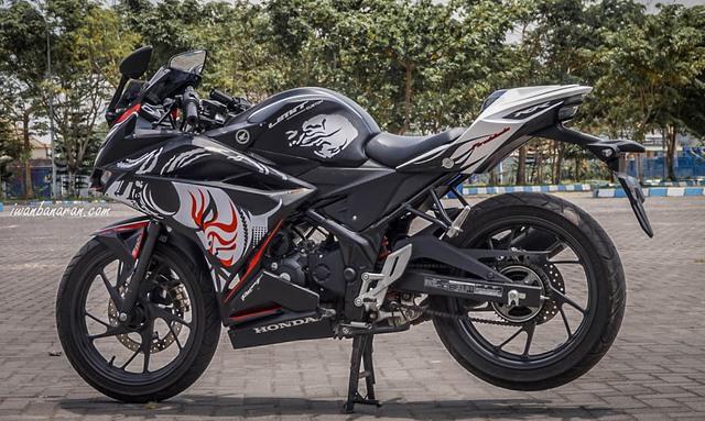 Honda CB150R StreetFire được lên đồ để giống CBR250RR phiên bản đặc biệt - Ảnh 3.
