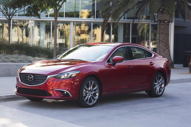 Toyota Camry và Honda Accord lần lượt sang thế hệ mới, Mazda vội bổ sung phiên bản 2017.5 cho Mazda6 - Ảnh 1.